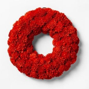 SMITH & HAWKEN | Mini Shola Flower Wreath